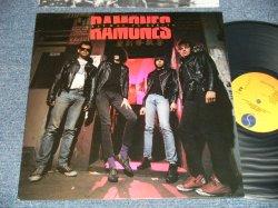 """画像1: RAMONES  -  HALFWAY TO SANITY(MINT-/MINT- ) / 1987 US ORIGINAL """"PROMO Stamp"""" Used LP"""