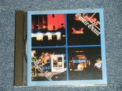 画像1: GENTLE GIANT - LIVE-PLAYING THE FOOL (MINT-/Ex+++) / 1996 US AMERICA ORIGINAL Used CD
