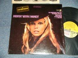 """画像1: NANCY SINATRA - MOVIN' WITH NANCY (MINT-/Ex+++) / 1967 US AMERICA 1st Press """"MULTI-COLOR Label"""" MONO Used LP"""