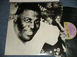 """画像1: HOWLIN' WOLF - CHANGE MY WAY (MINT-/MINT- Cut out) / 1975 US AMERICA ORIGINAL """"PURPLE with GREEN Label"""" Used LP"""