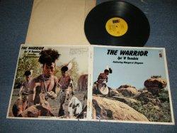 画像1: IPI 'N TOMBIA Featuring MARGARET SINGANA - THE WARRIOR (AFRO NEAT / AFRO FUNK)  (Ex+/MINT- Cutout, WTRDMG) / 1975 US AMERICA ORIGINAL Used LP