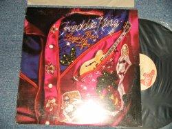 画像1: FREDDY / FREDDIE KING - LARGER THAN LIFE  (Ex++/Ex+ Looks:Ex-, Ex+++) / 1975 US AMERICA ORIGINAL Used LP