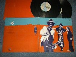 """画像1: JONI MITCHELL - DON JUAN'S RECKLESS DAUGHTER (With CUSTOM INNER) (Matrix #A)BB 701 A-2 PRCW 1 A)BB 701 B-2 PRCW 1 A)BB 701 C-2 PRCW 1  A)BB 701 D-2 PRCW 1)  """"PRC RECORDING COMPANY Press in COMPTON in CA"""" (Ex+++/MINT- BB) /1977 US AMERICA ORIGINAL Used 2-LP"""