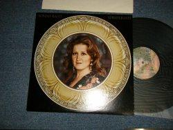 "画像1: BONNIE RAITT - STREETLIGHTS (Ex++/Ex++ B-1,2:Ex) / 1974 AMERICA ORIGINAL 1st Press ""BURBANK STREET Label"" Used LP"